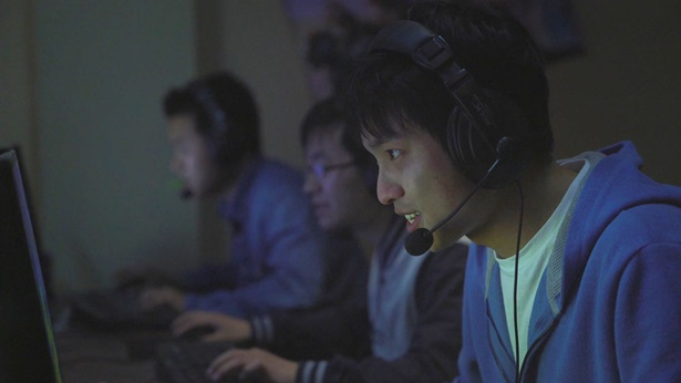 A Christian's Inspirational Story: How to Completely Free Oneself From Gaming Addiction